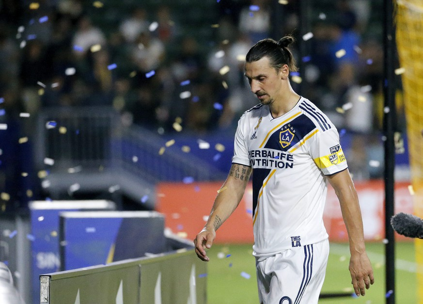 September 21, 2019, Los Angeles, California, U.S: LA Galaxy forward Zlatan Ibrahimovic 9 walks off the field after the 2019 Major League Soccer MLS, Fussball Herren, USA match between LA Galaxy and Montreal Impact in Carson, California, September 21, 2019. MLS 2019: LA Galaxy 2:1 Montreal Impact PUBLICATIONxINxGERxSUIxAUTxONLY - ZUMAc68 20190921zafc68054 Copyright: xRingoxChiux