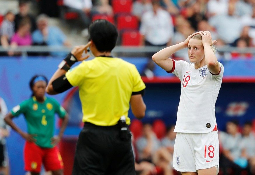 Soccer Football - Women's World Cup - Round of 16 - England v Cameroon - Stade du Hainaut, Valenciennes, France - June 23, 2019  England's Ellen White reacts during a VAR review    REUTERS/Bernadett Szabo