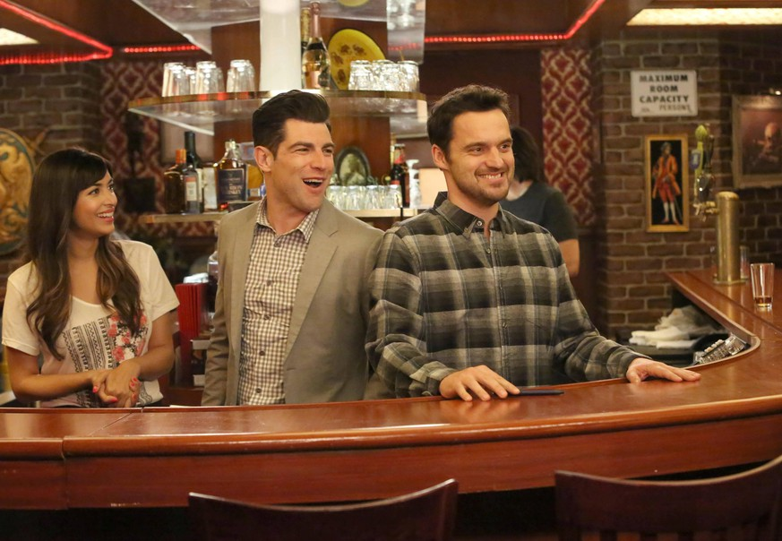 NEW GIRL: L-R: Hannah Simone, Max Greenfield and Jake Johnson in the What About Fred episode of NEW GIRL ©2015 Fox Broadcasting Co. Cr: Patrick McElhenney/FOX Los Angeles CA PUBLICATIONxINxGERxSUIxAUTxONLY 32810_003THA