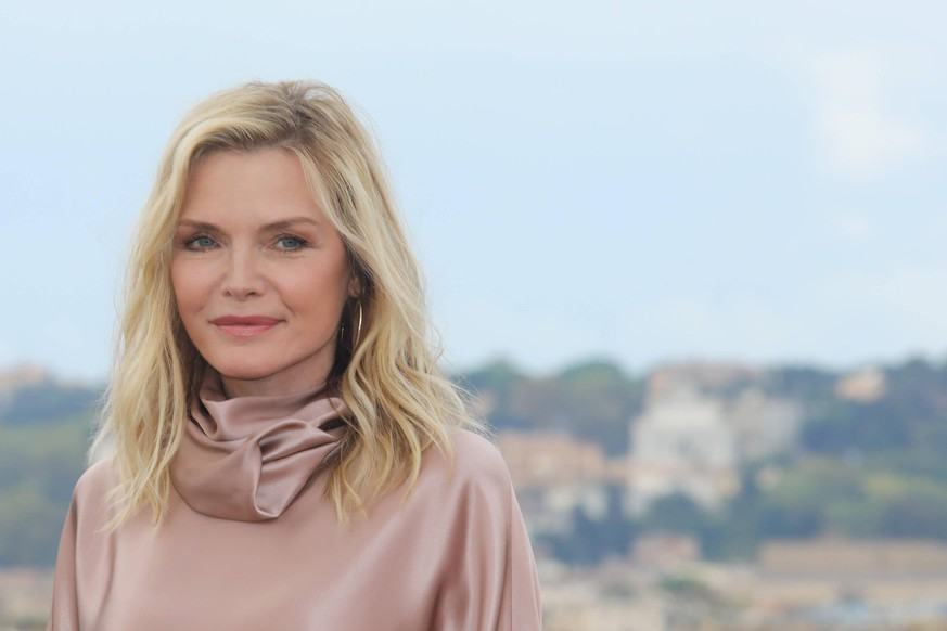Rome, hotel De la Ville, photocall film Maleficent - Lady of Evil . In the photo: Michelle Pfeiffer PUBLICATIONxINxGERxAUTxONLY Copyright: xMarcoxProvvisionatox/xIPAx/xMarcoxProvvisionatox