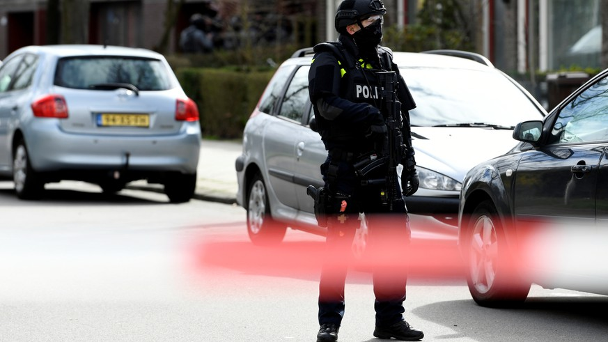Police is seen after a shooting in Utrecht, Netherlands, March 18, 2019. REUTERS/Piroschka van de Wouw