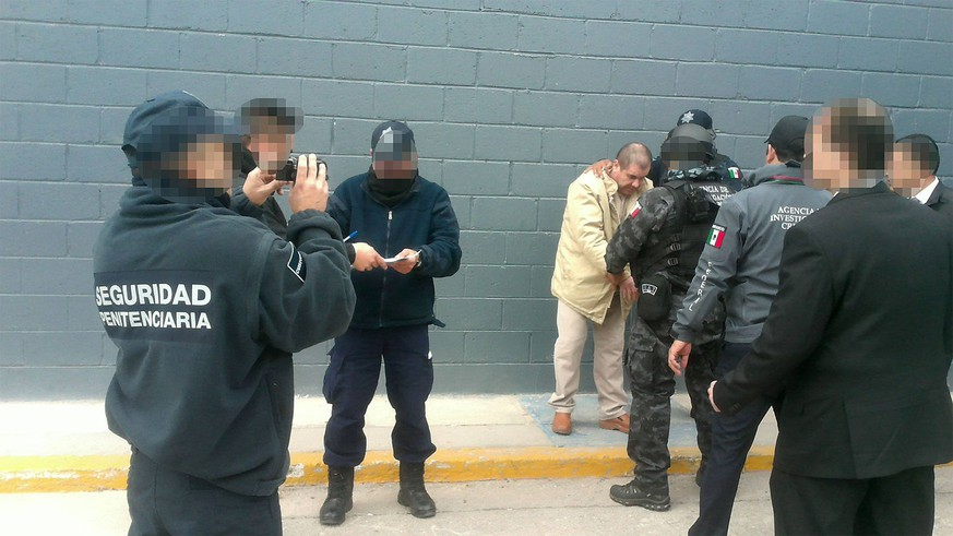 June 29, 2016 - Ciudad Juarez, Chihuahua, MEXICO - Joaquin Guzman Loera, the drug lord and chieftain of the Sinaloa cartel known as El Chapo, was extradited to the United States on Thursday January 19, 2017 and flown from a jail in Ciudad Juarez, Mexico to Long Island MacArthur Airport in Islip, New York to face numerous charges. PGR/PRENSA INTERNATIONAL Ciudad Juarez MEXICO PUBLICATIONxINxGERxSUIxAUTxONLY - ZUMAp124 20160629_zaa_p124_005